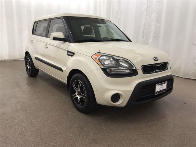 Pre-Owned 2013 Kia Soul 6-Speed