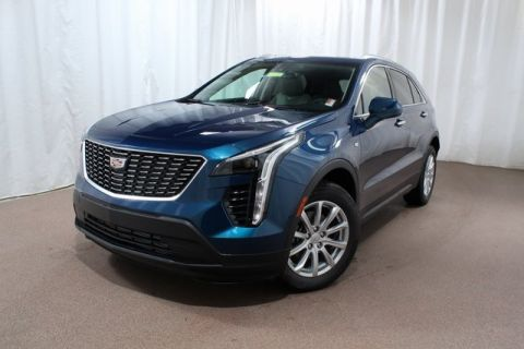 New 2019 Cadillac XT4 Luxury AWD