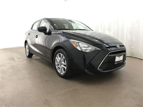 Pre-Owned 2018 Toyota Yaris iA 6-Speed