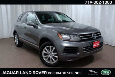 Pre-Owned 2014 Volkswagen Touareg 3.6L